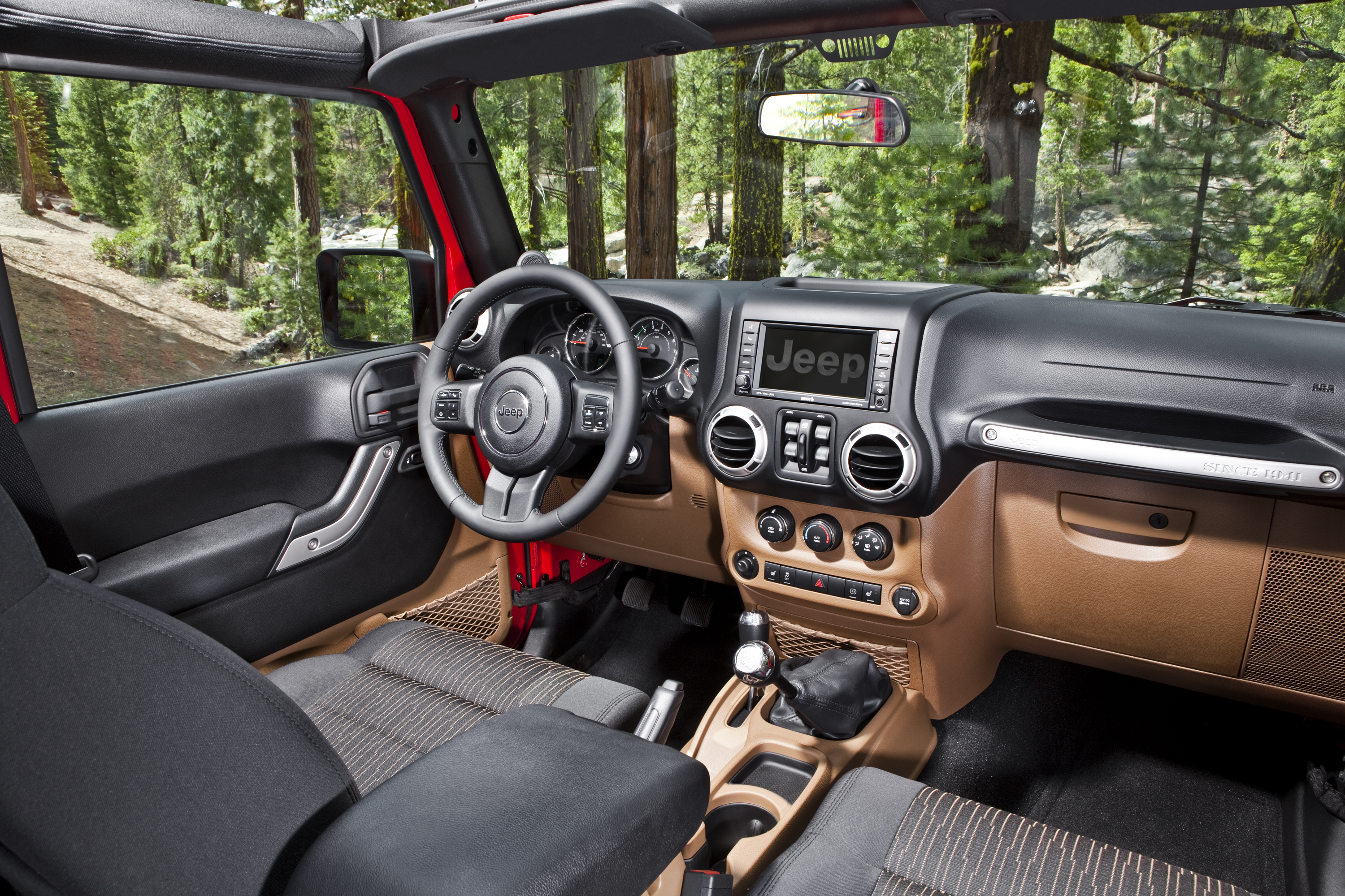 2012 jeep wrangler unlimited sahara interior kevinspocket. Black Bedroom Furniture Sets. Home Design Ideas