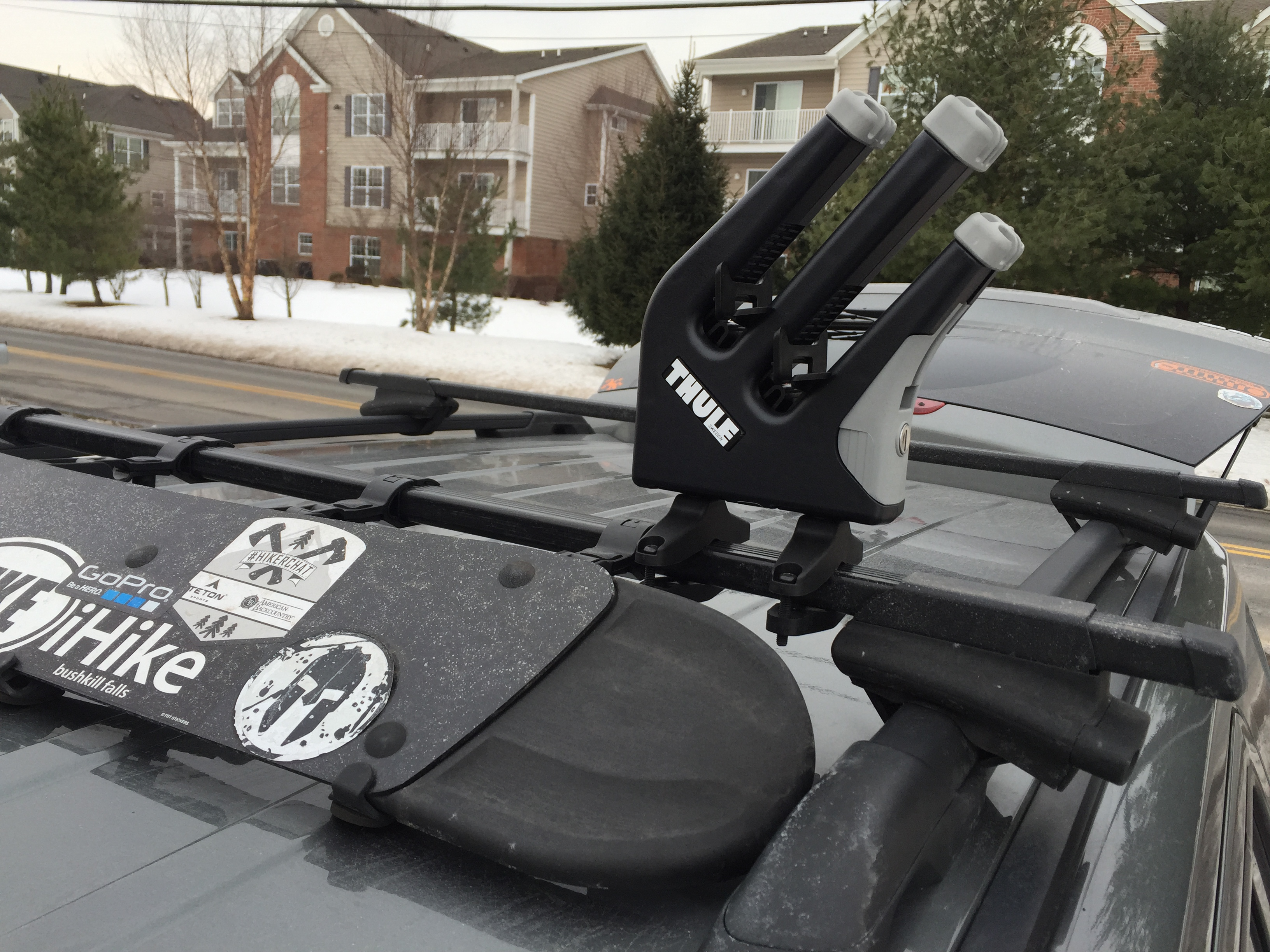 Installing The Thule 575 Universal Snowboard Rack On A