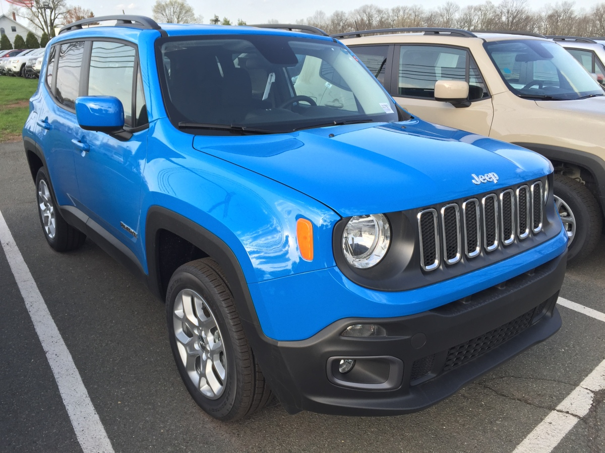 Sierra Blue Jeep Renegade sighting!