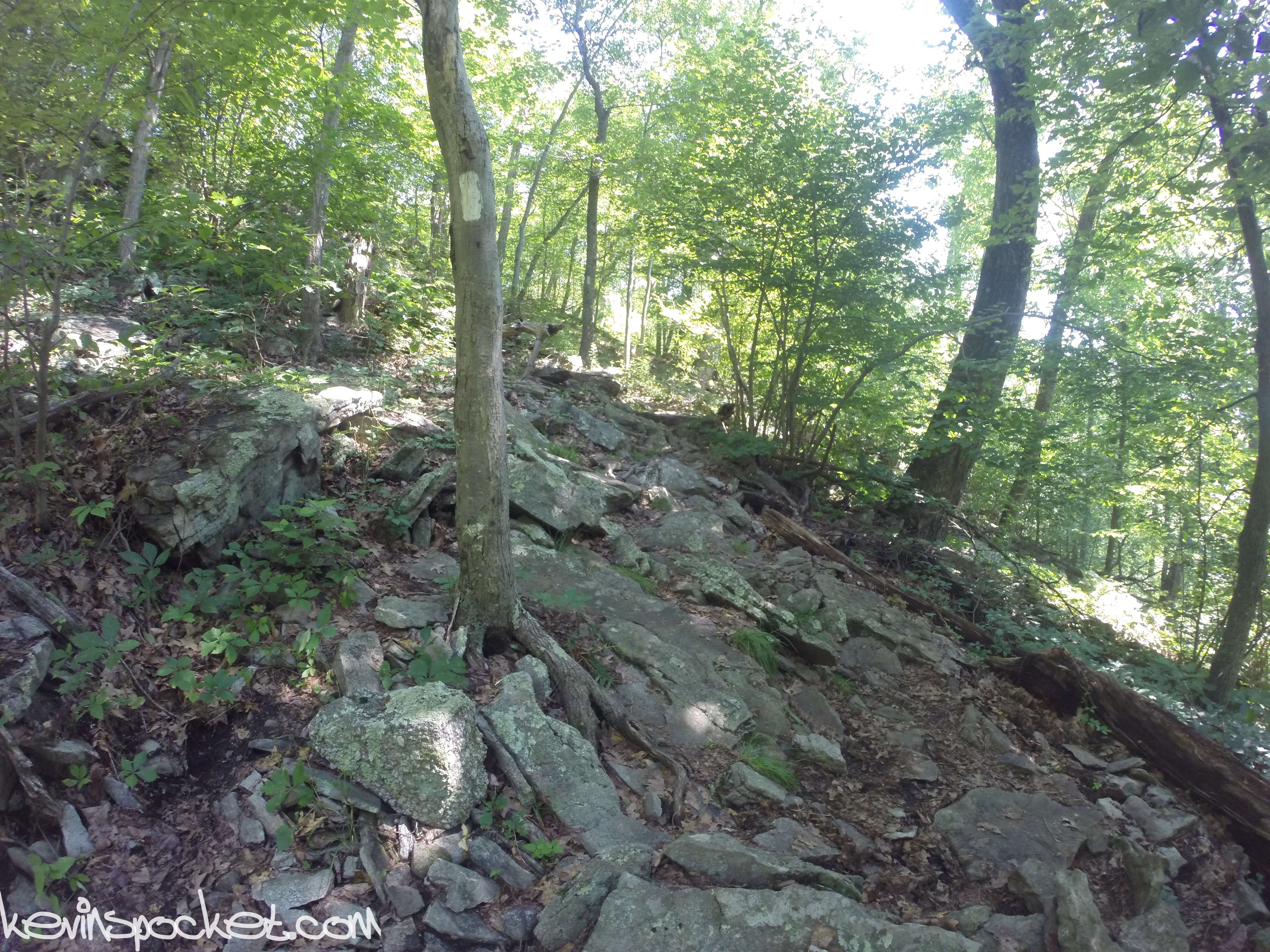 High Point State Park | Hiking the Appalachian and Monument trails – kevinspocket