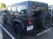 2016-Jeep-Wrangler-Black-Bear-Tank_2987