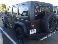 2016-Jeep-Wrangler-Black-Bear-Tank_2987