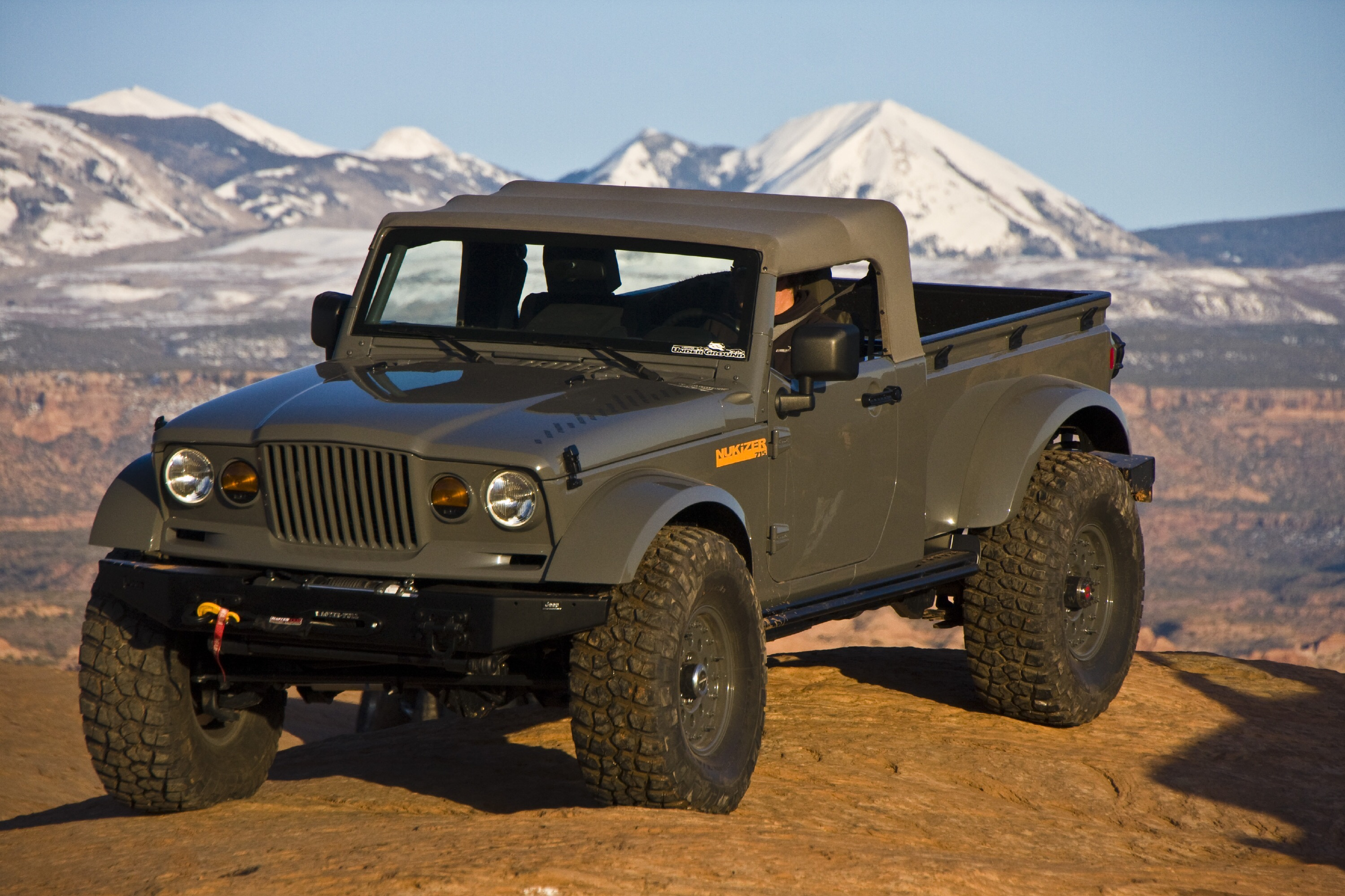 Is Jeep's Crew Chief Concept a sign of future Jeep Truck ...