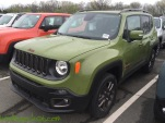 2016-Jeep-Renegade-75th-Anniversary-Jungle-Green_9109