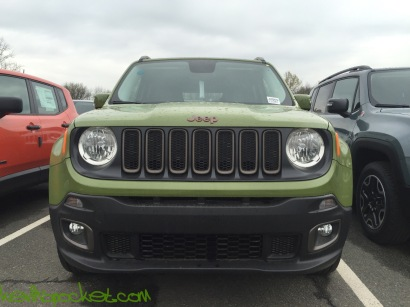 2016-Jeep-Renegade-75th-Anniversary-Jungle-Green_9110