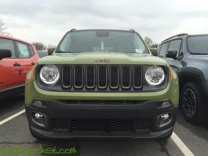 2016-Jeep-Renegade-75th-Anniversary-Jungle-Green_9110