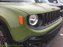 2016-Jeep-Renegade-75th-Anniversary-Jungle-Green_9112
