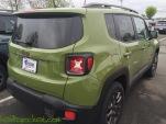 2016-Jeep-Renegade-75th-Anniversary-Jungle-Green_9114