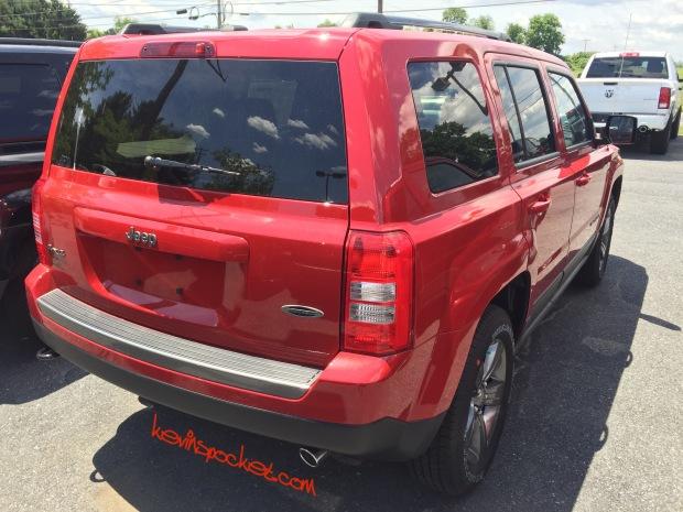 2016-Jeep-Patriot-Sport-SE_0606