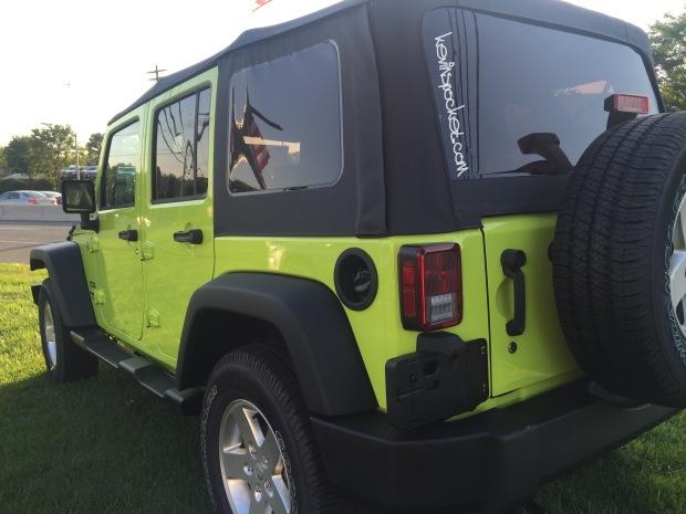 2016-Jeep-Wrangler-Hyper-Green_105