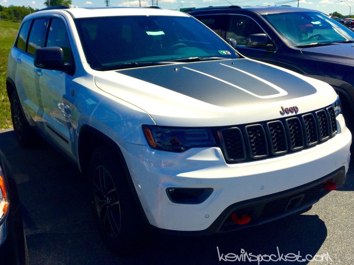 2017 jeep grand cherokee trailhawk spotted kevinspocket. Black Bedroom Furniture Sets. Home Design Ideas