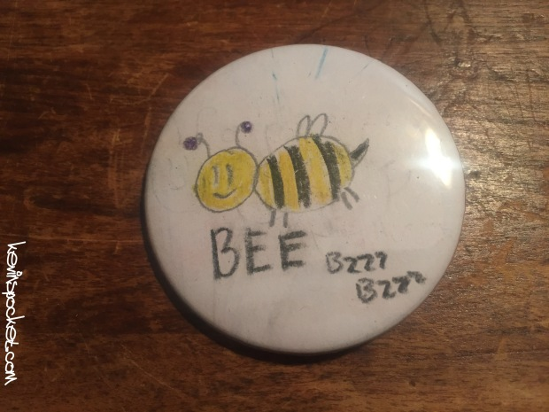 bee_button