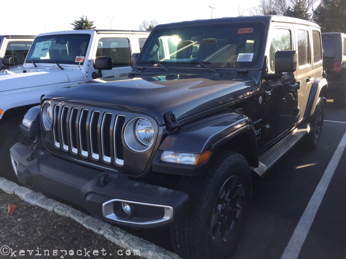 Granite Crystal Jeep Wrangler JL Sahara spotted!