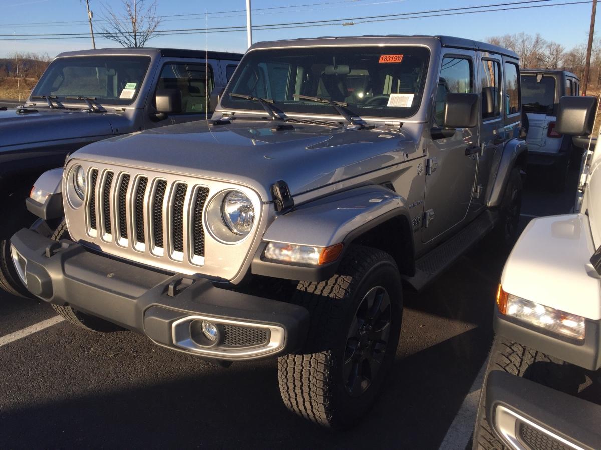 Billet Silver Jeep Wrangler JLs spotted!